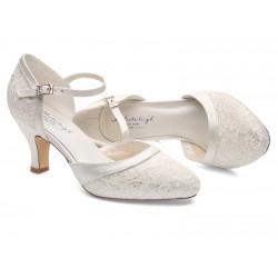 sapatos noiva salto baixo e renda
