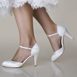 sapatos noiva belos e elegantes