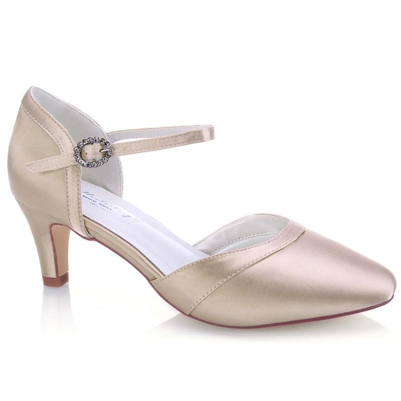 Sapato noiva dourado salto baixo