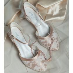 sapatos com renda para noivas salto baixo