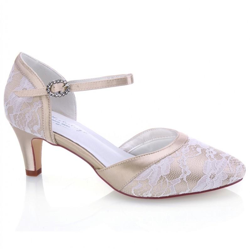 Sapato noiva e convidadas