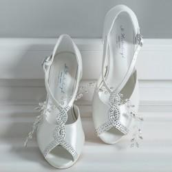 Sapatos noiva elegantes