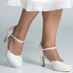sapatos noiva renda e salto alto