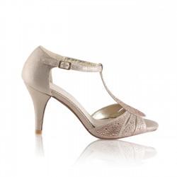 Sandalia dourada para convidadas