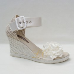 Sandalia alpargata noiva